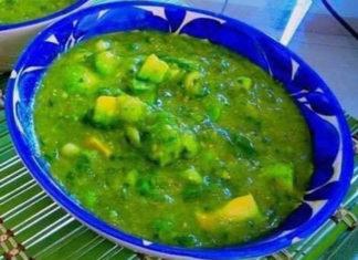 salsa-verde-con-aguacate